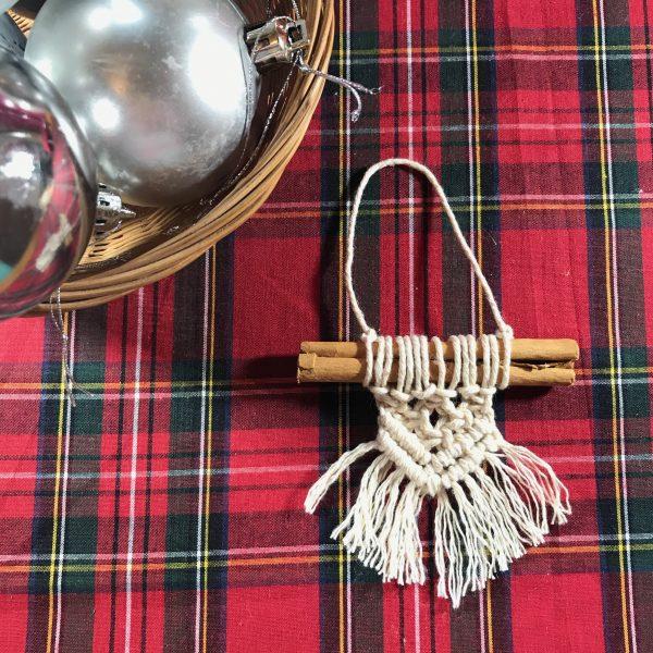 Christmas Macrame - Cinnamon Stick