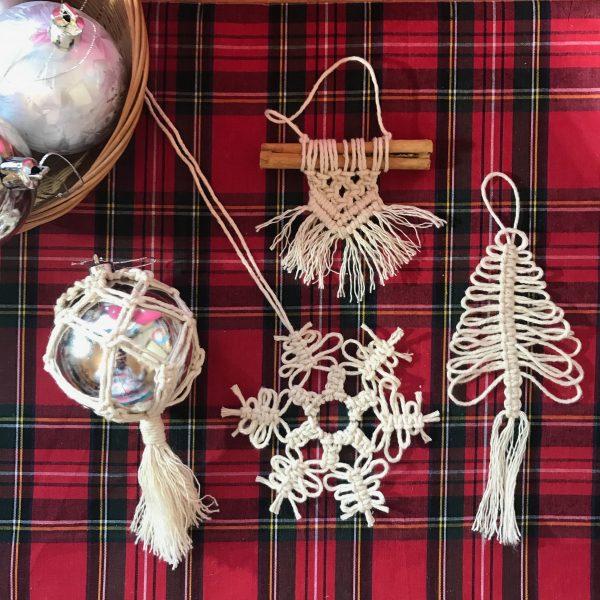 Christmas Macrame - 4 cute tree decorations
